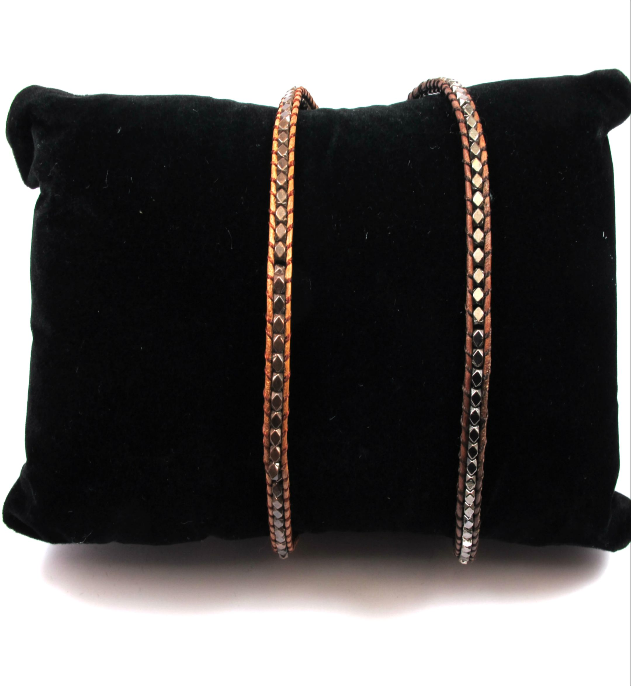 775b3e7cdb Στάντ μαξιλαράκι βελούδινο μαύρο για κοσμήματα - βραχιόλια 175x100mm ...